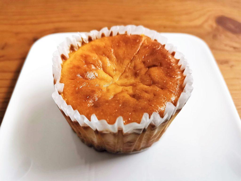セブンイレブン バスクチーズケーキ 2020年10月 (5)_R