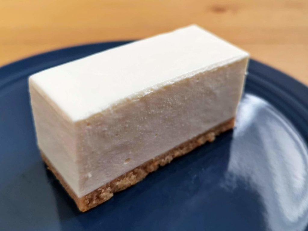 コガネイチーズケーキ きび砂糖プレーンのレアチーズケーキ (4)