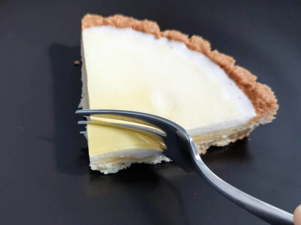 プレシア ベイクドレア2層仕立てのチーズタルト パブロ監修 (17)