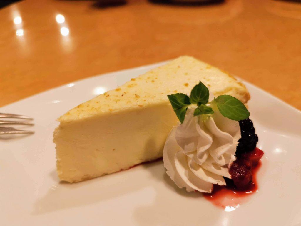 フォルクス ニューヨークチーズケーキ (4)