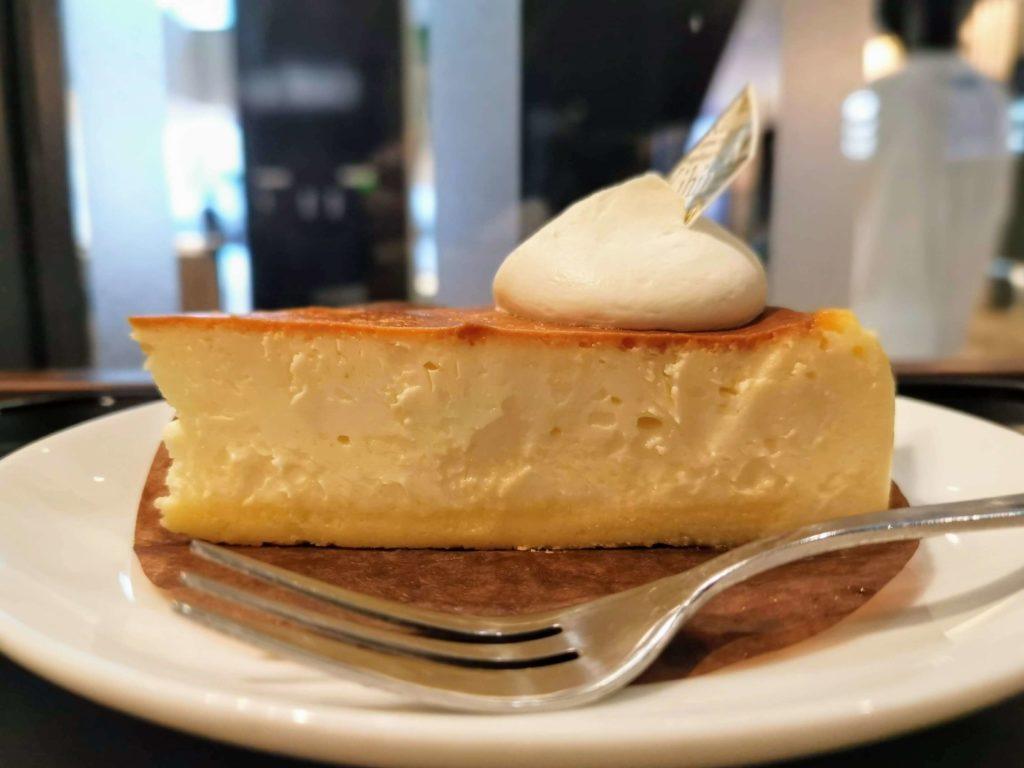 カフェカルディーノ(kihin) バスクチーズケーキ (8)