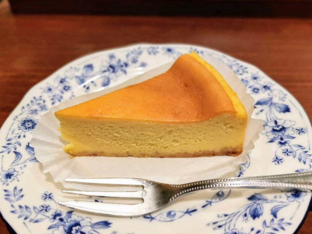 ドトールコーヒーショップ ベイクドチーズケーキ (2)