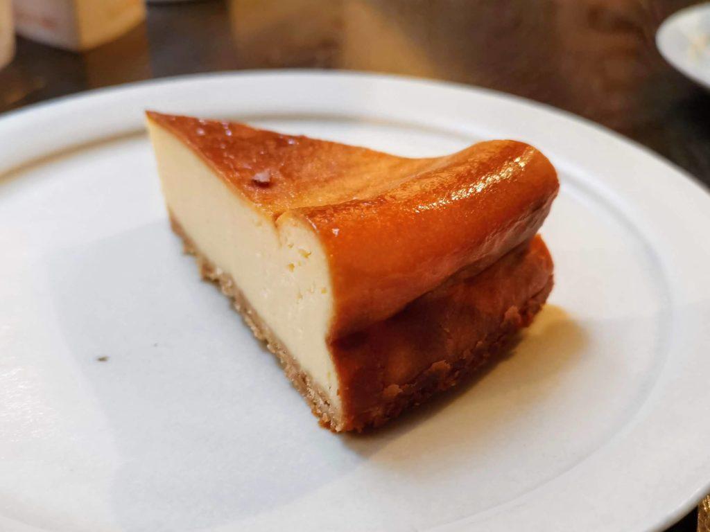中野 ムトウ MUTO coffee roastery ベイクドチーズケーキ