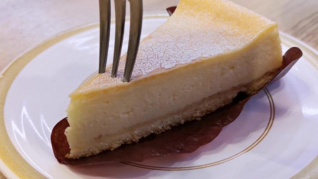 【かっぱ寿司】のリッチなベイクドチーズケーキ (1)