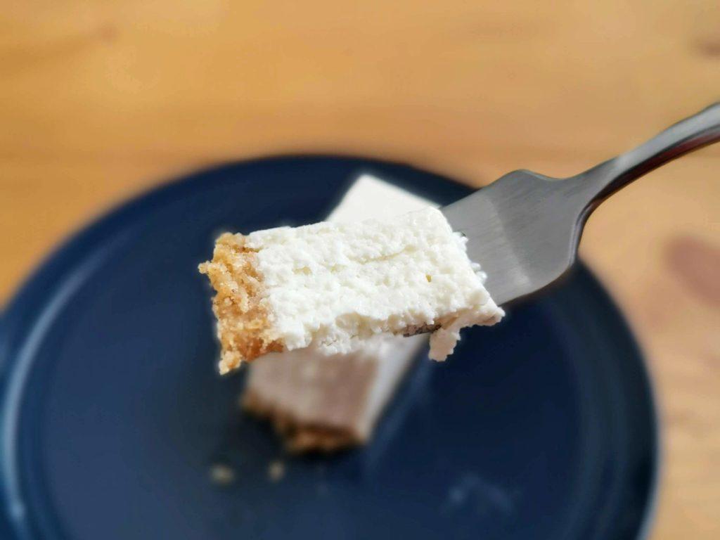 コガネイチーズケーキ きび砂糖プレーンのレアチーズケーキ (9)