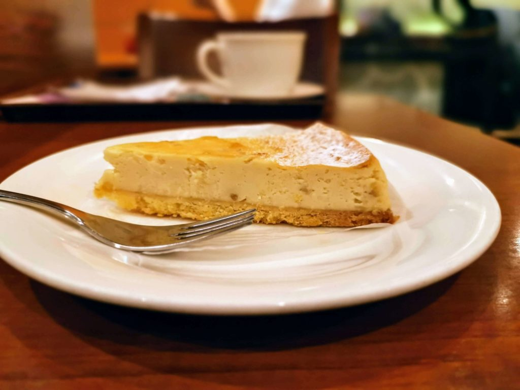 カフェ・ド・クリエ メイプルナッツベイクドチーズケーキ (8)