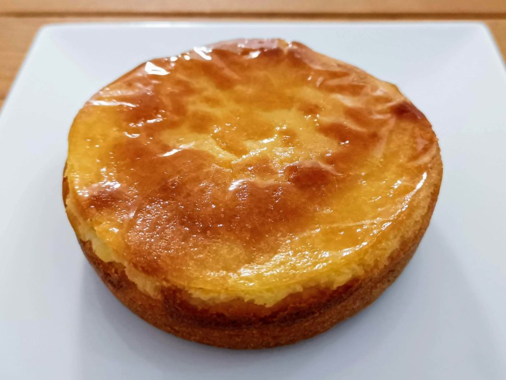 【ファミリーマート・敷島製パン】コク深い味わい・ベイクドチーズタルト (7)