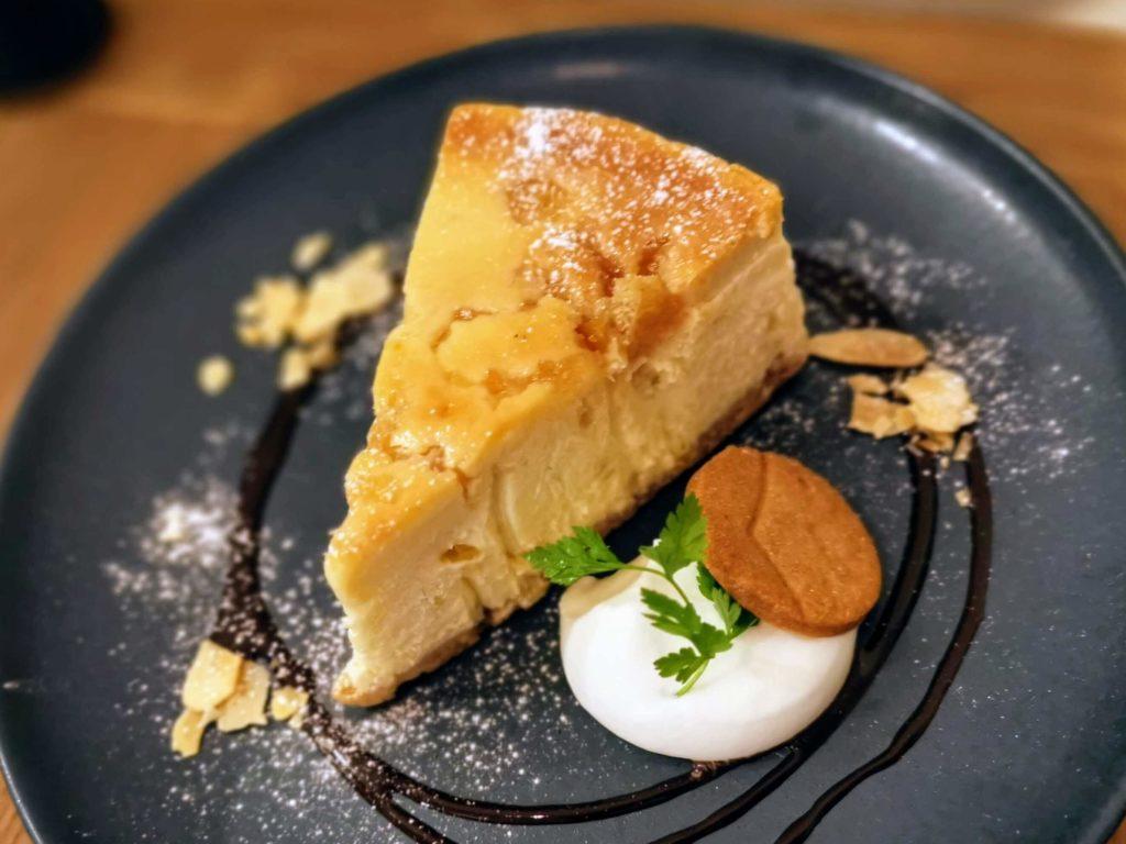 新宿move cafe はちみつレモンのNYチーズケーキ (10)