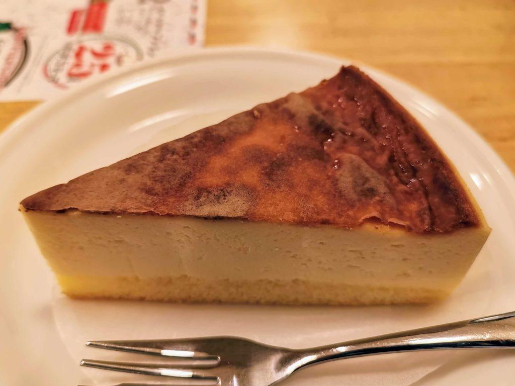 ポポラマーマ バスクチーズケーキ (1)
