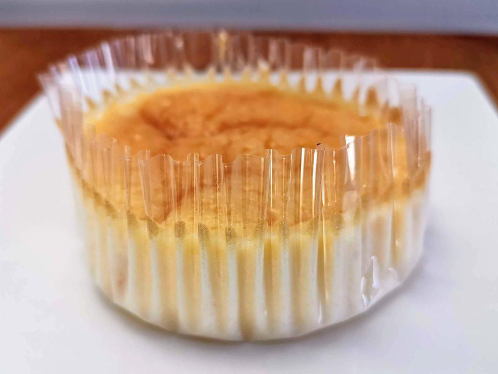 ローソンストア100・オイシス  チーズスフレケーキ (5)