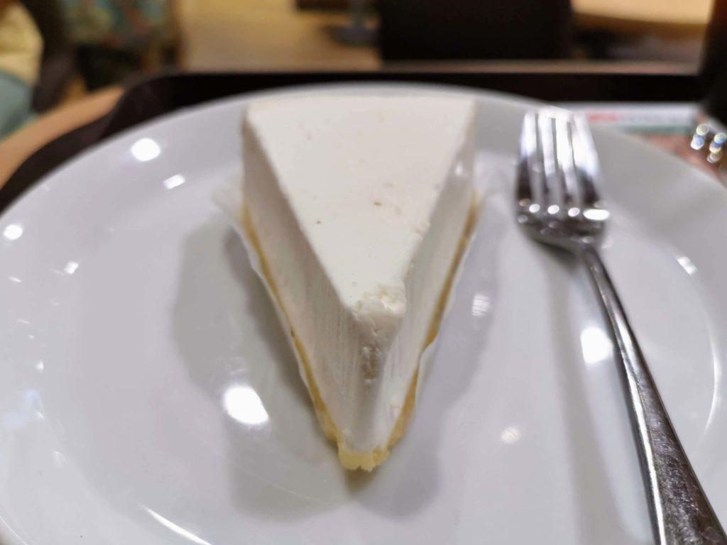 ロッテリア レアチーズケーキ (16)