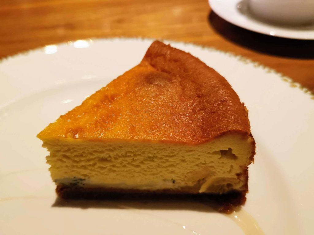 ミタスカフェ 自家製チーズケーキ (1)