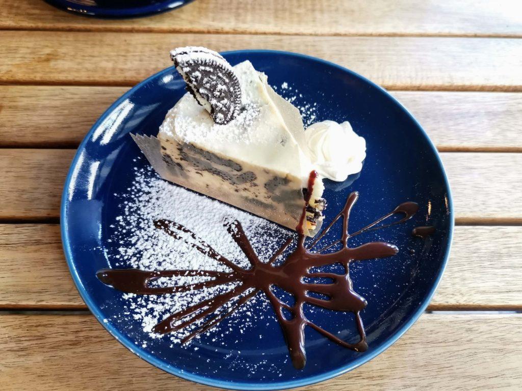 チーズケーキ専門店 cafe The SUN LIVES HERE  オレオのチーズケーキ