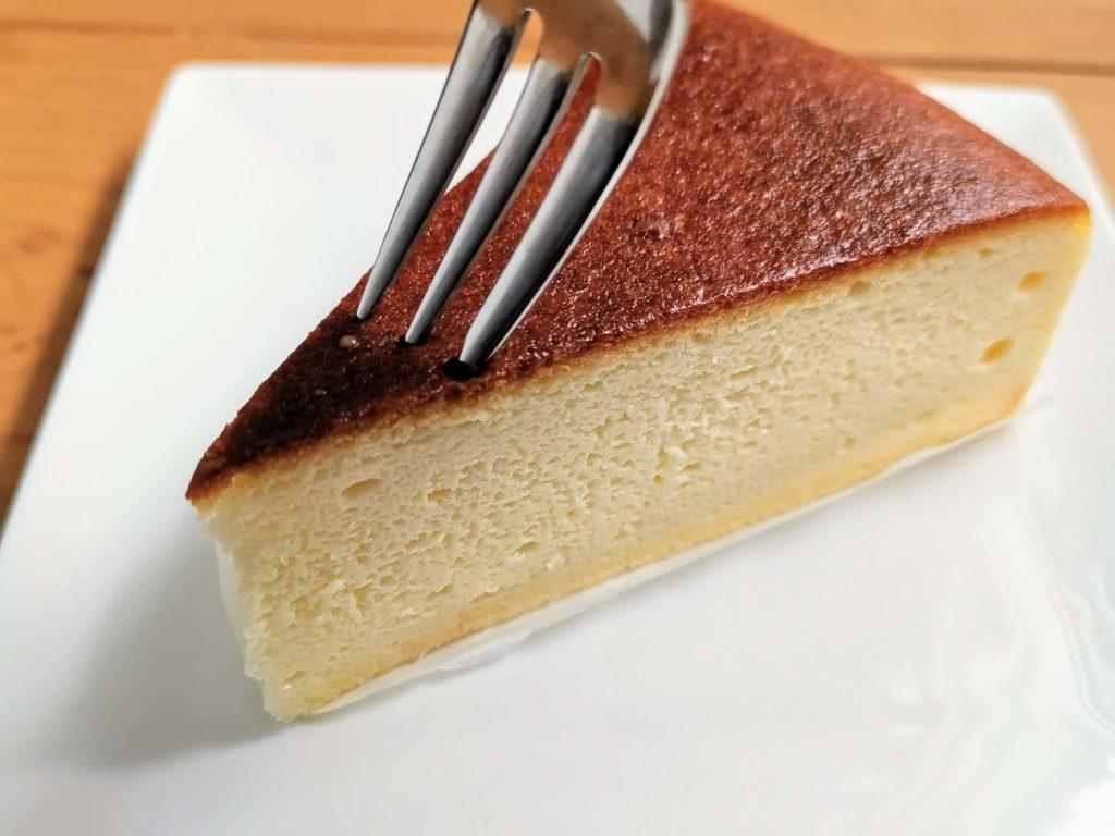 山崎製パン バスク風チーズケーキ (16)