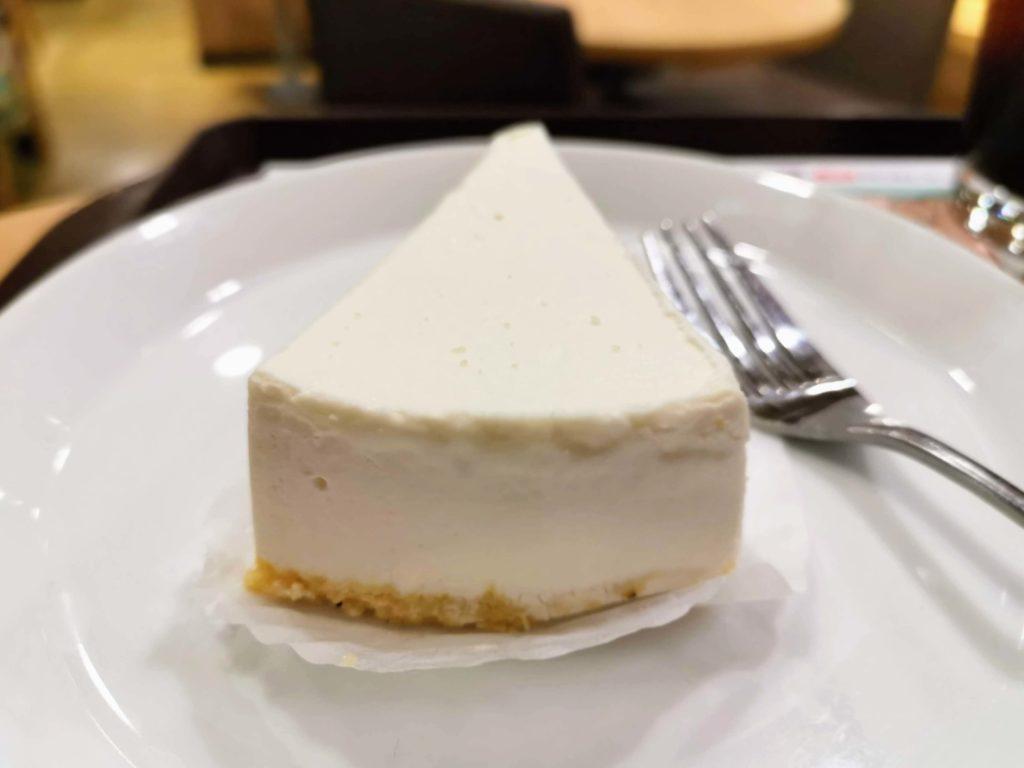 ロッテリア レアチーズケーキ (6)