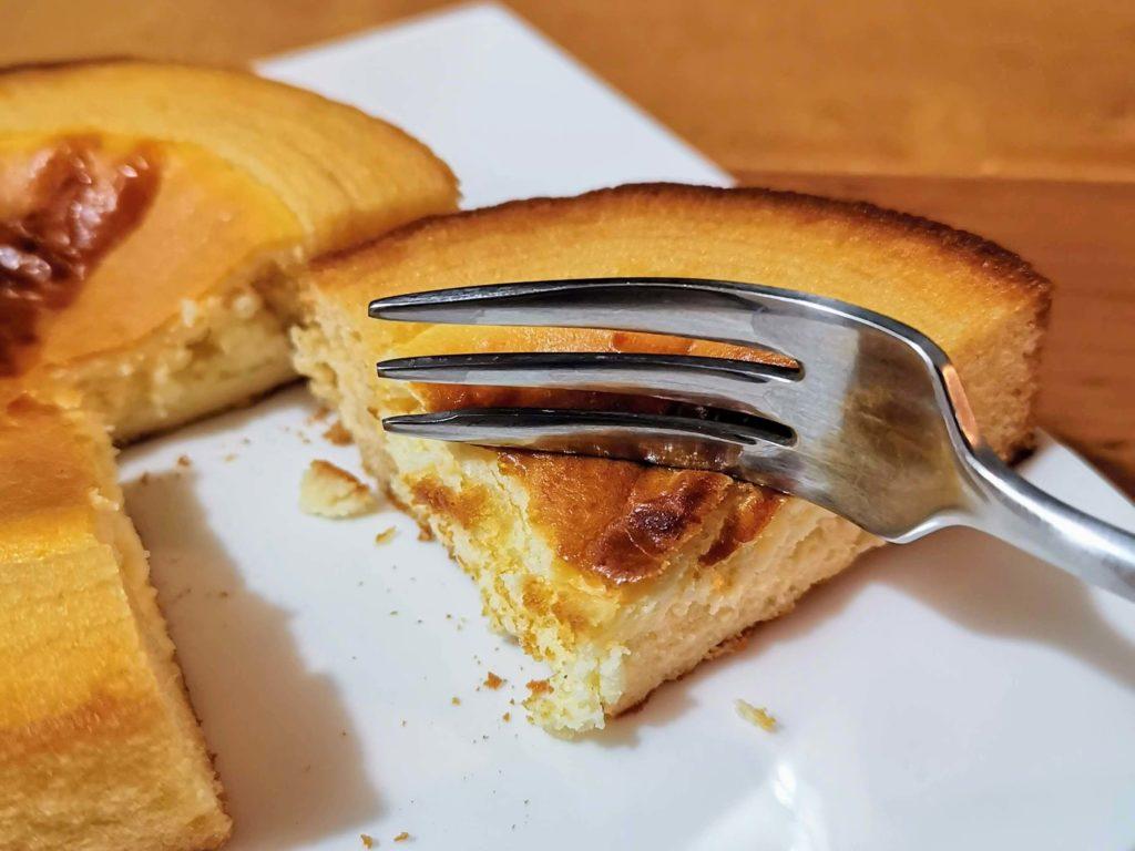 ファミリーマート ルフレンド ベイクチーズケーキのバウム (8)
