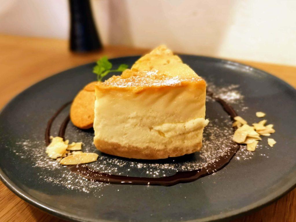 新宿move cafe はちみつレモンのNYチーズケーキ (8)