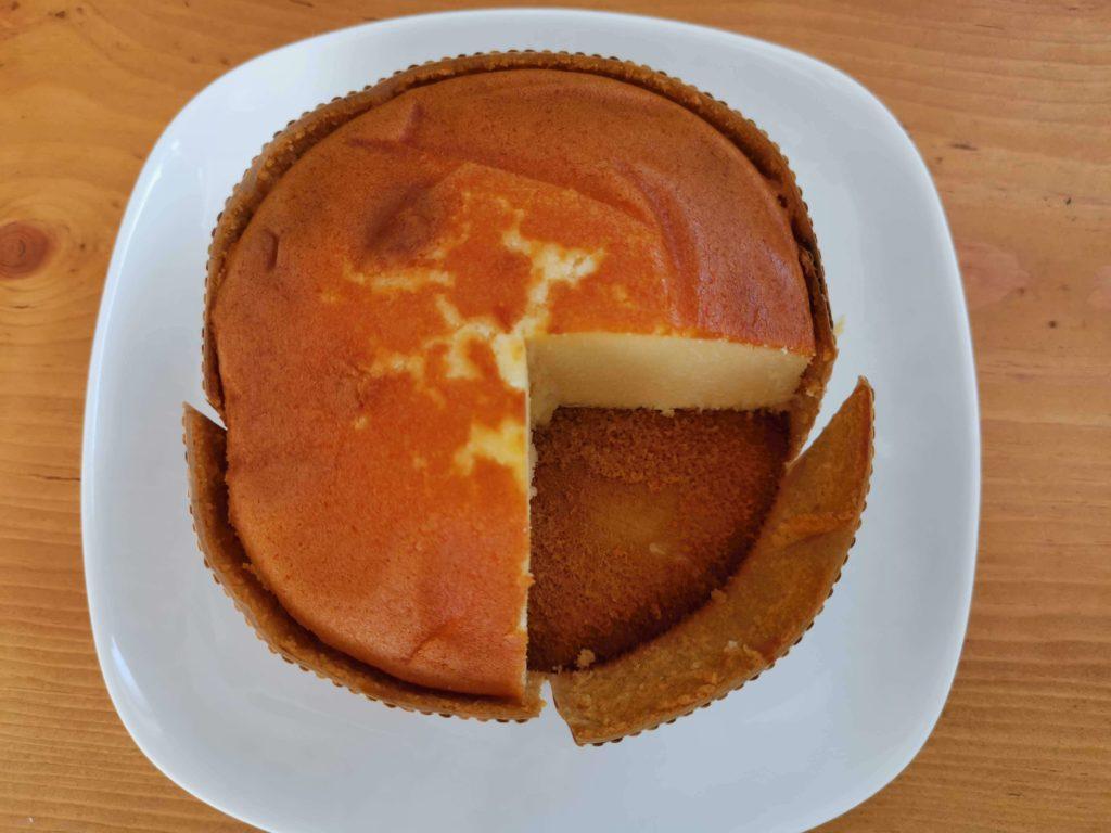 スイーツファーム 濃厚チーズケーキ (8)