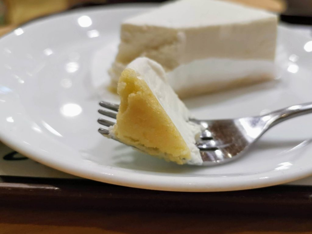 ロッテリア レアチーズケーキ (3)