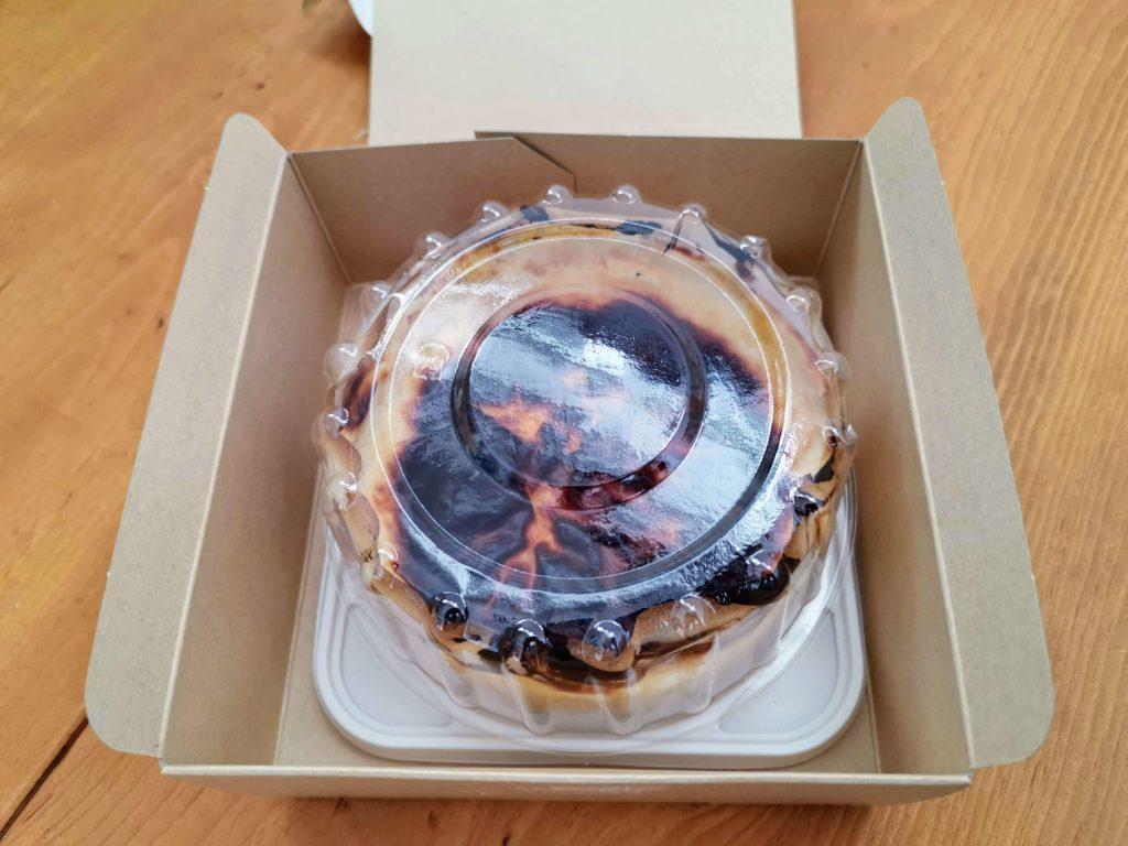 リトルローザンヌ 生バスクチーズケーキ (4)