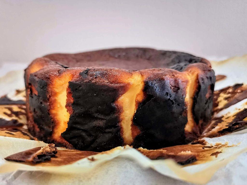 カオリーヌ菓子 バスクのチーズケーキ (13)
