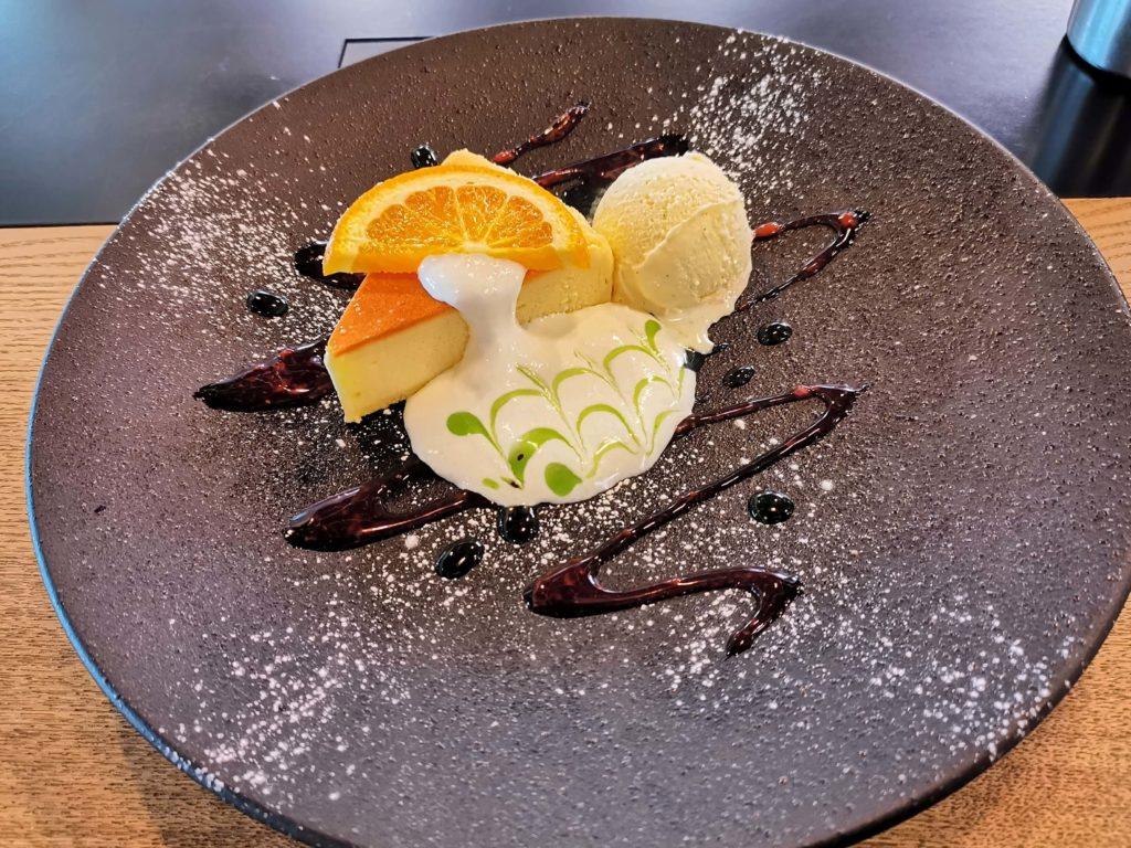 Cafe & Dining ICHI no SAKA 都立大学 福岡糸島地養卵のベイクドチーズケーキ (3)