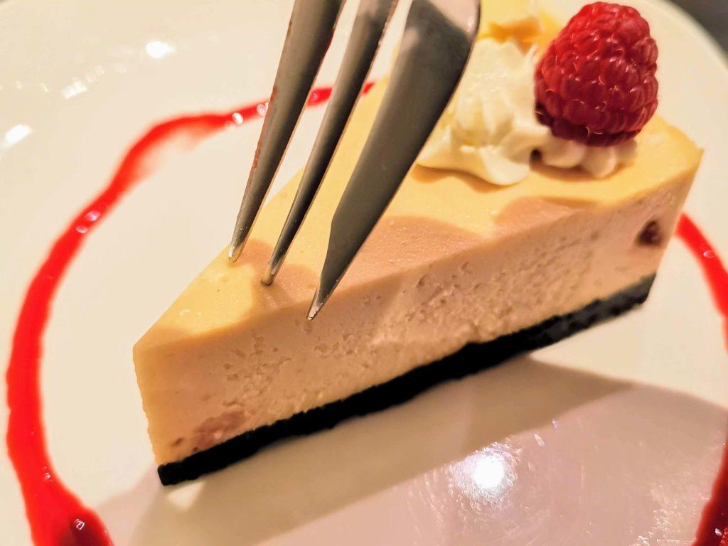 原宿 cafe de 武 (29)ホワイトチョコチーズケーキ