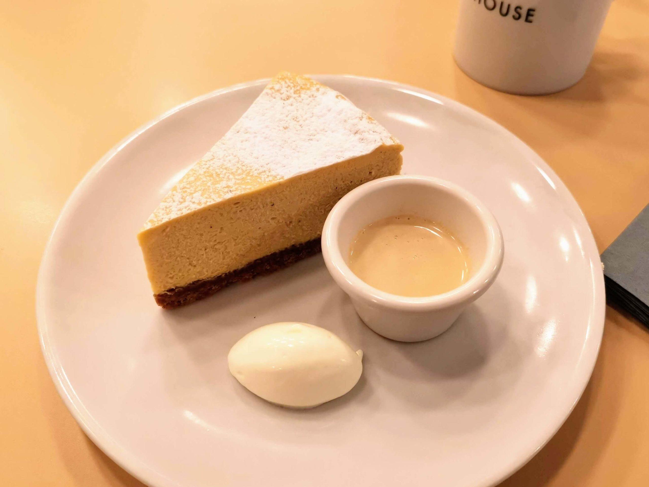 ガーデンハウス新宿 ほうじ茶チーズケーキ (5)