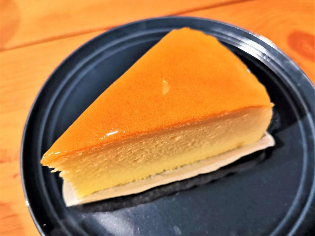 山崎製パン チーズスフレ (2)