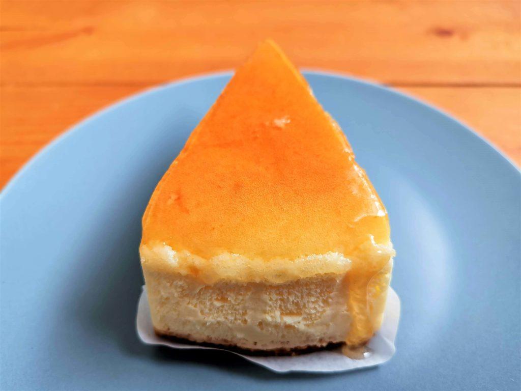 山崎製パン チーズスフレ (9)