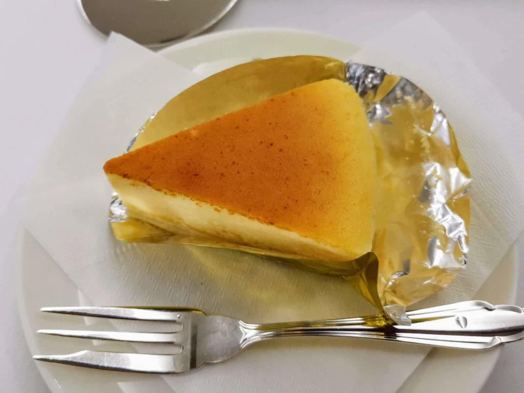 「銀座ウエスト」のふんわりチーズケーキ
