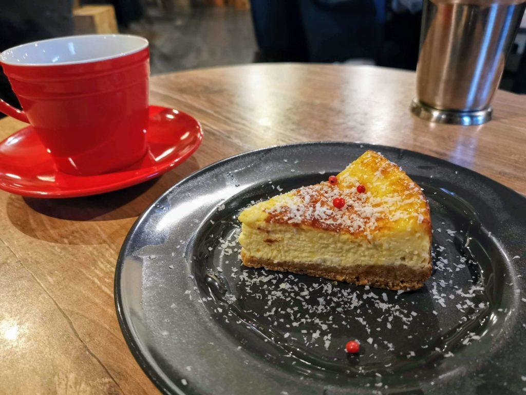 下北沢 7カラーズカフェ チーズケーキ (9)
