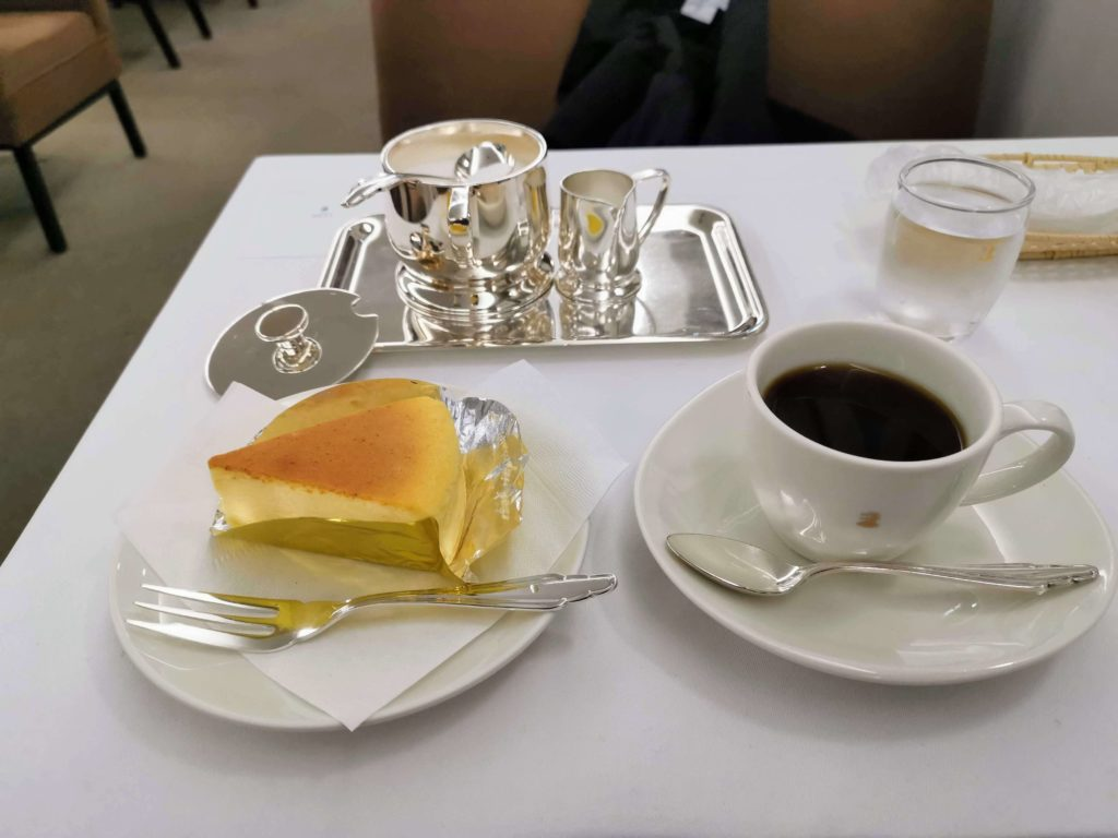 銀座ウエスト チーズケーキ (9)