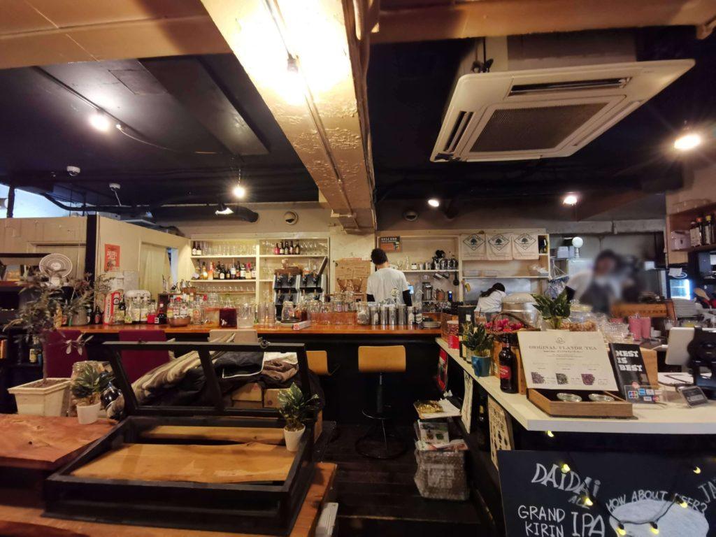 下北沢 7カラーズカフェ チーズケーキ (5)店内の様子