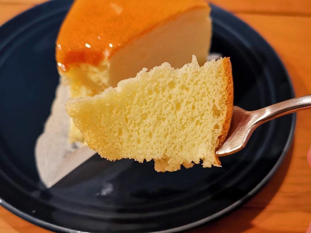 山崎製パン チーズスフレ (4)