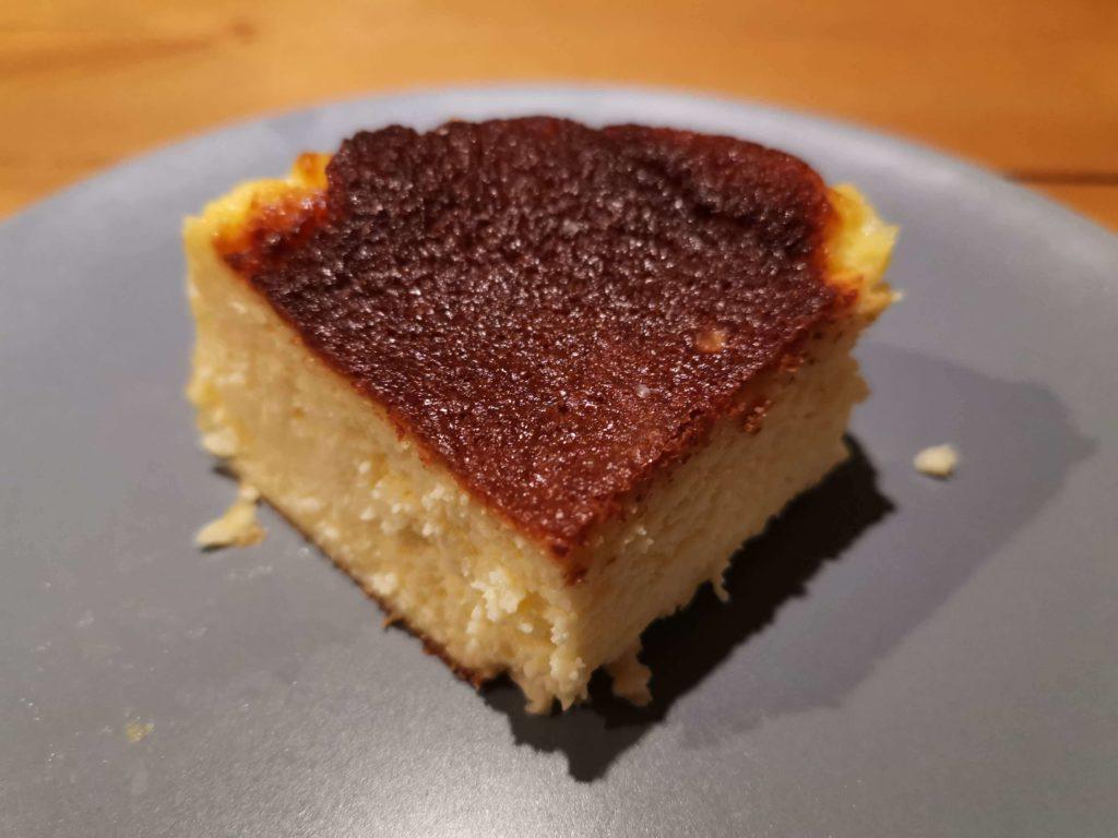 バスクチーズケーキ レーブドゥシェフ (14)