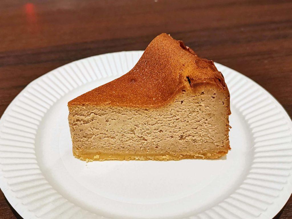 チリムーロ スパイスチーズケーキ (2)