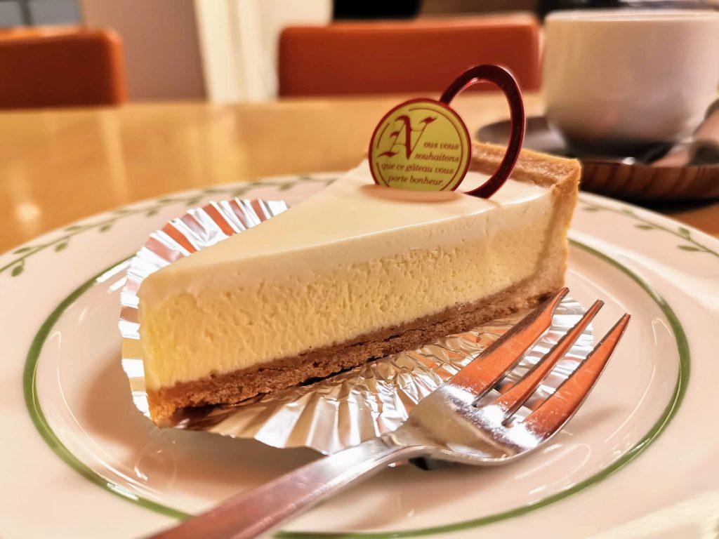 高円寺 トリアノン ロイヤルチーズケーキ
