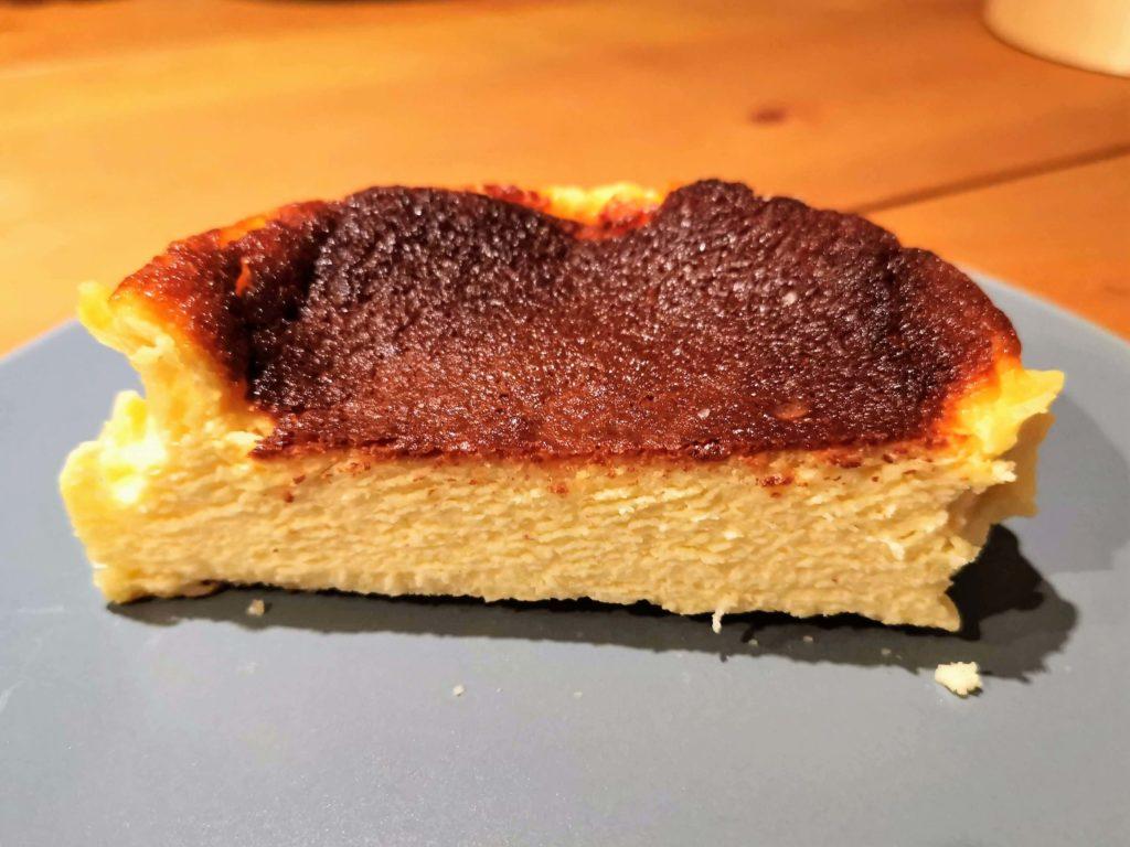 バスクチーズケーキ レーブドゥシェフ (12)