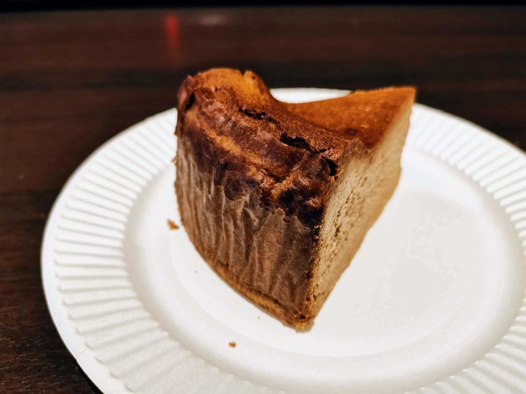 チリムーロ スパイスチーズケーキ (5)