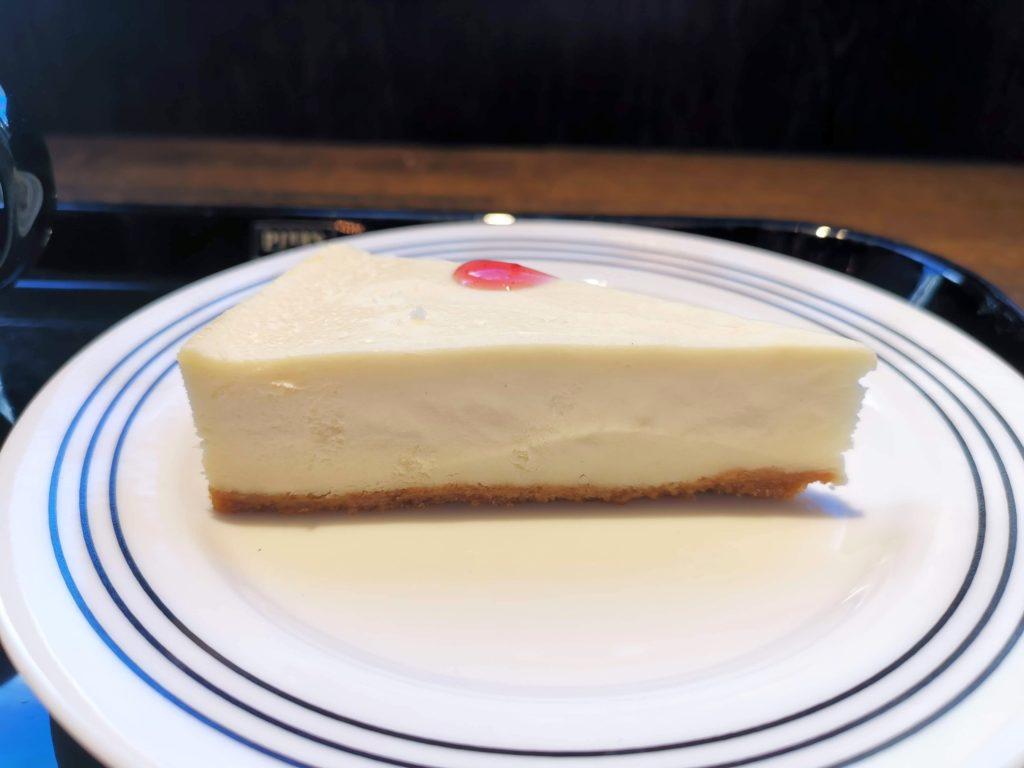 新宿 pier's cafe チーズケーキ