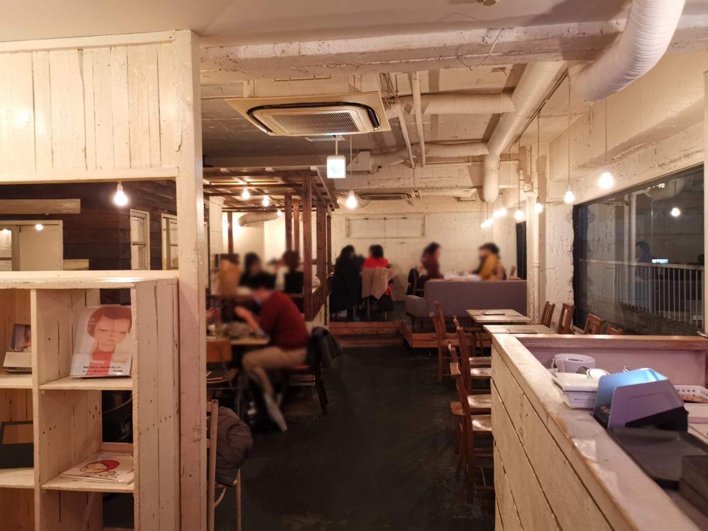 A to Z cafe 店内の様子