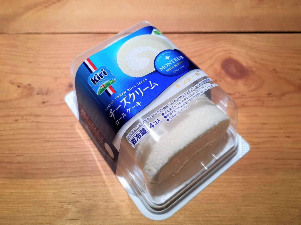 モンテール チーズクリームロールケーキ (1)