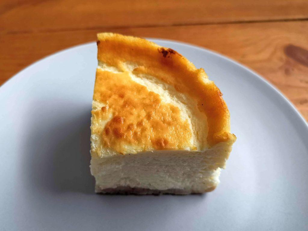 下落合 加勢牧場 ガンジーベイクドチーズケーキ (13)