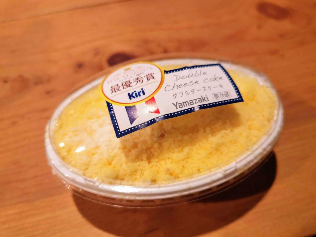 山崎製パン ダブルチーズケーキ (3)