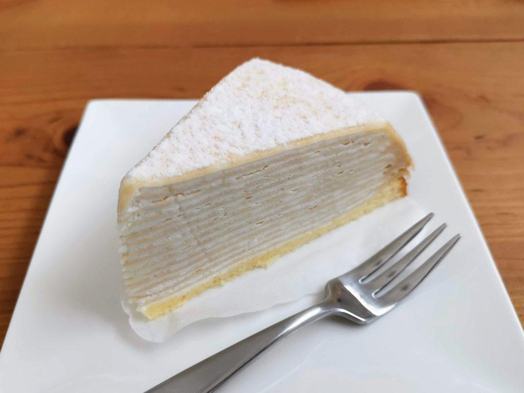 セブンイレブン レアチーズミルクレープ (4)
