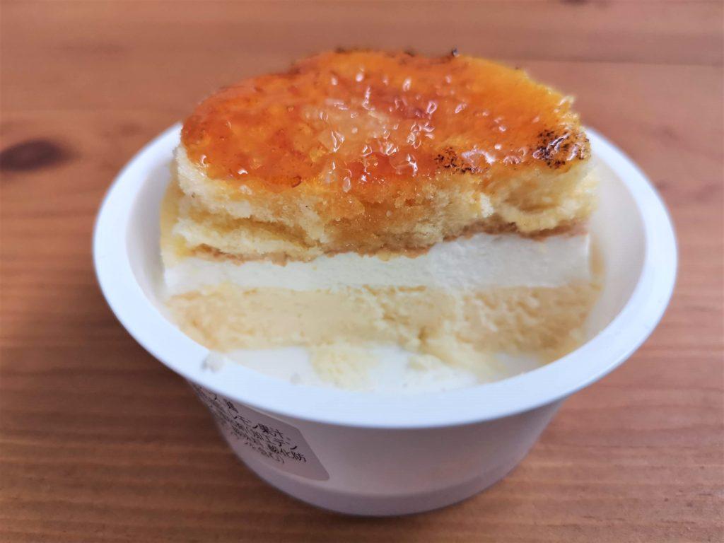 ファミリーマート 北海道チーズのブリュレチーズケーキ (12)