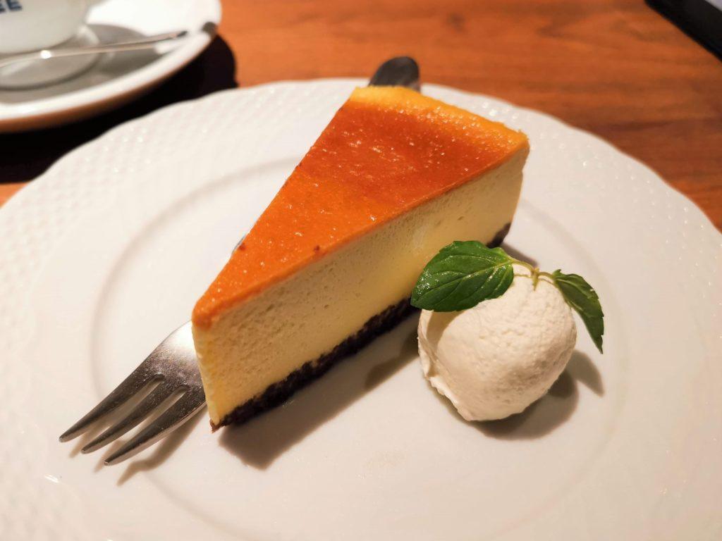 星乃珈琲店 バナナのバスクチーズケーキ (21)