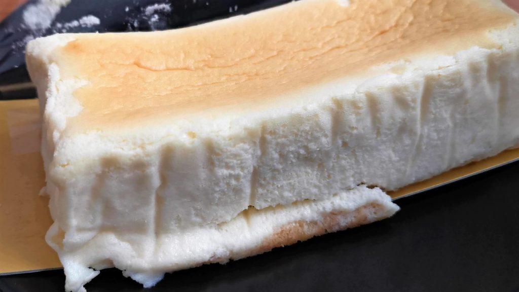 スイーツファクトリー・スリーズ「米粉をつかった北海道クリームチーズのとろける半熟スフレ」 (7)