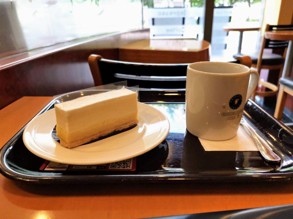 エクセルシオールカフェ  (2)レアチーズケーキ